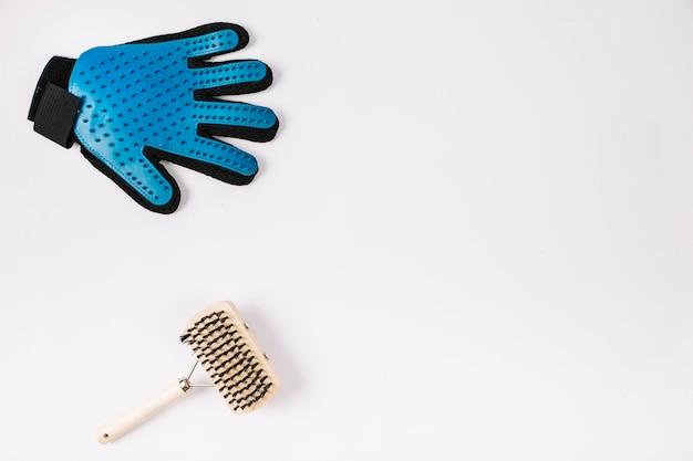 Comb near groomingglove Free Photo
