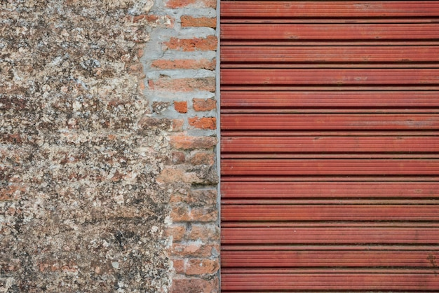 Combination of gravel wall and rolling shutter background Free Photo