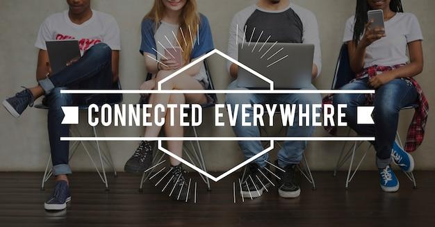 Parola della comunità di tecnologia online del collegamento di comunicazione Foto Gratuite
