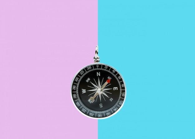 Compass on two tone surface Premium Photo