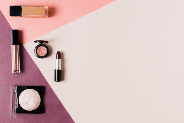 Composition of arranged cosmetics for women Free Photo