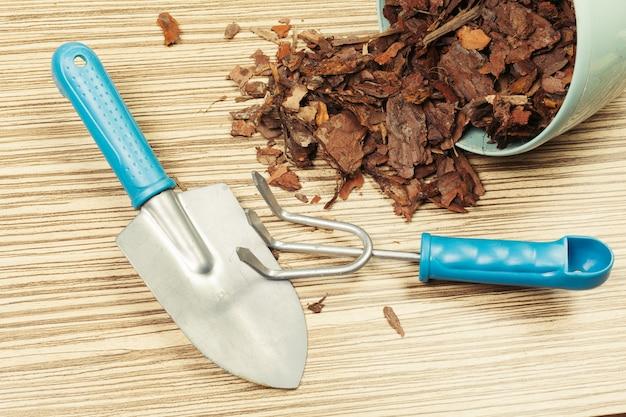Composition of garden tools Premium Photo
