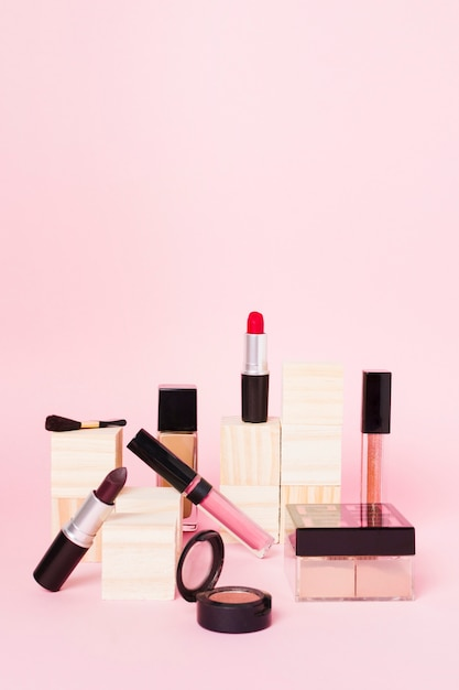 Composition of professional set for putting make up Free Photo