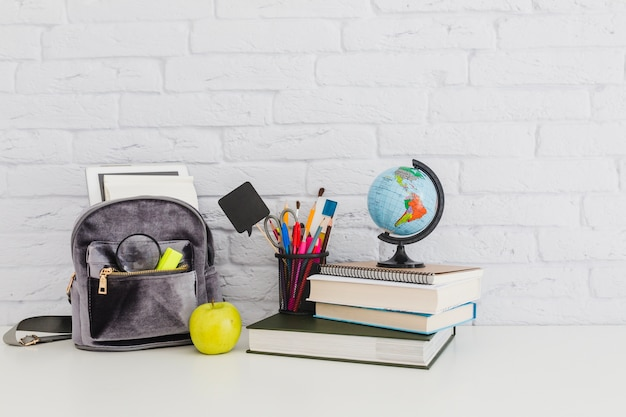 Composition of school materials Free Photo