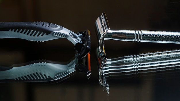 Composition of shaving objects Free Photo