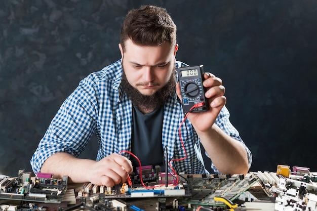 Computer hardware electronic components diagnostic Premium Photo