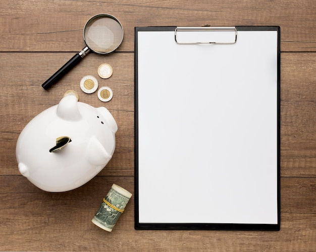 貯金箱コピースペースと経済の概念 無料写真