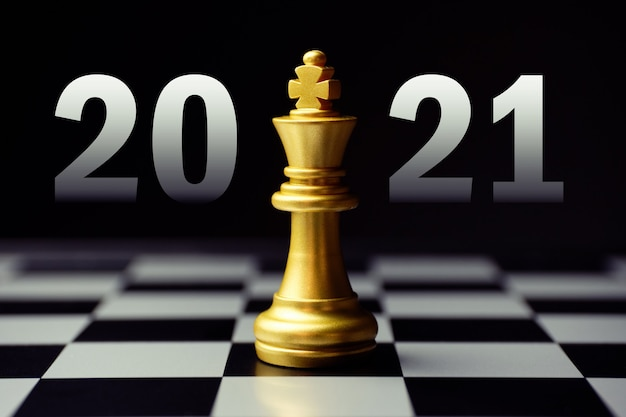 Concept for strategic development in the new year 2021. king chess piece. Premium Photo