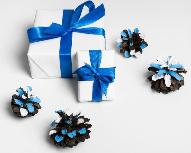 Конфетти и подарки в упаковке счастливой хануки Бесплатные Фотографии