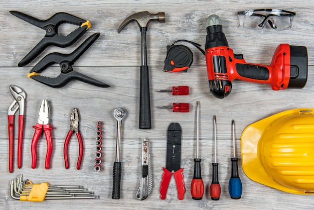 Construction hand tools flat lay Premium Photo