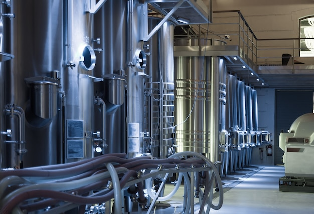 Contemporary winemaker factory Free Photo