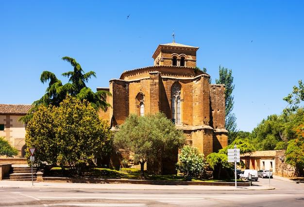 Convento de san miguel. уэск. арагон Бесплатные Фотографии
