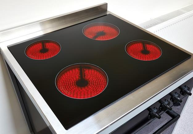 Cooker in a modern kitchen Premium Photo