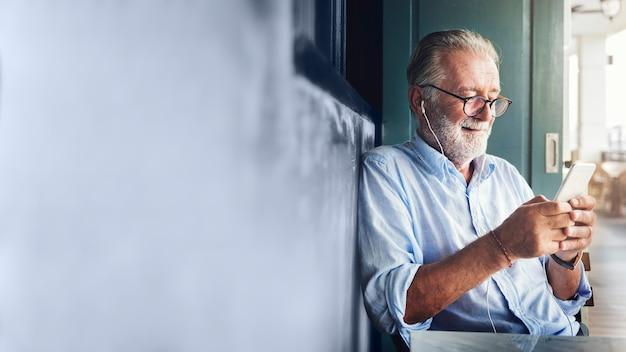 Cool senior man Premium Photo