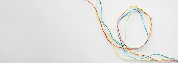 Copy-space красочная швейная нить Бесплатные Фотографии