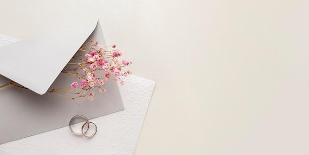 Скопируйте космический конверт, сохраните дату свадьбы Бесплатные Фотографии