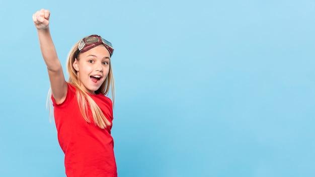 Копирайт-девушка играет роль авиатора Бесплатные Фотографии