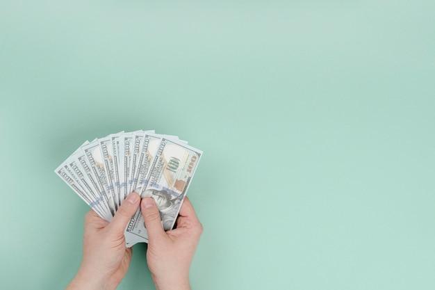 Копия пространство с деньгами Premium Фотографии