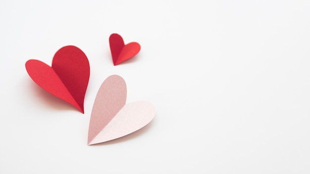 Copy-space hearts made of paper Free Photo