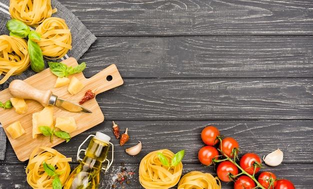 麺類のコピースペース材料 無料写真