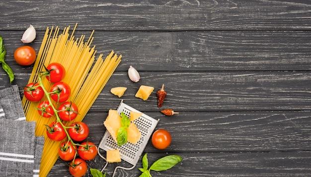 スパゲッティのコピースペース材料 無料写真