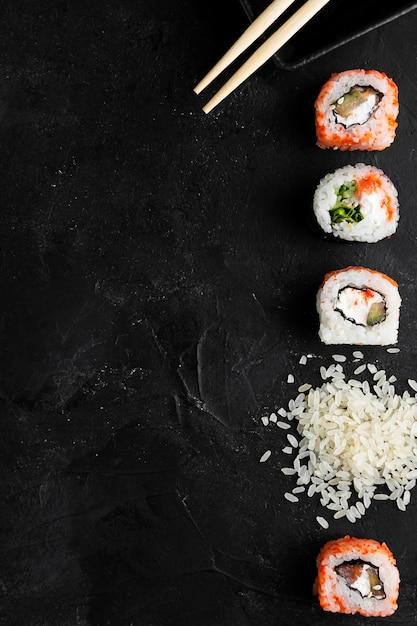コピースペースの巻き寿司 無料写真
