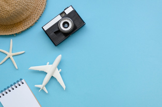 Copy-space traveling tools Free Photo