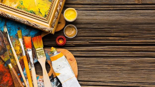 Скопируйте космический деревянный фон и кисти Бесплатные Фотографии