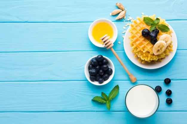 フラットレイアウトの朝食用のテーブル、copyspace 無料写真