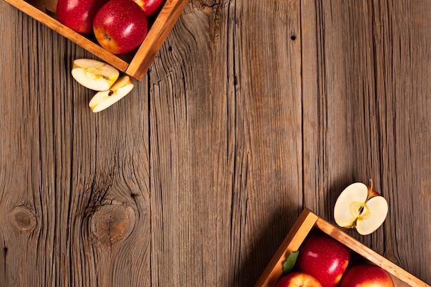 Copyspaceと熟したリンゴとフラットレイクレート 無料写真