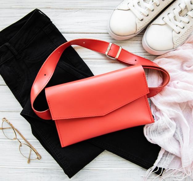 Coral leather bag Premium Photo