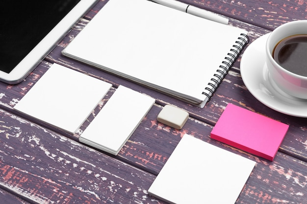 Corporate identity and mobile web design mockup Premium Photo