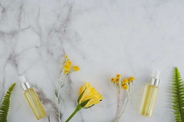 Cosmetic skincare essential oil Premium Photo
