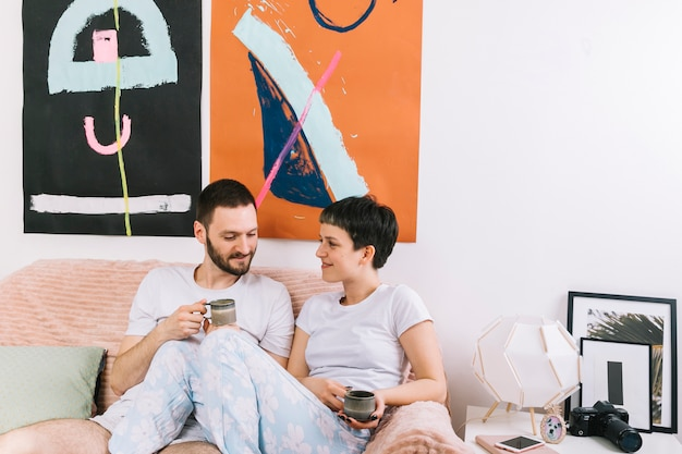 Couple drinking coffee in the morning Free Photo