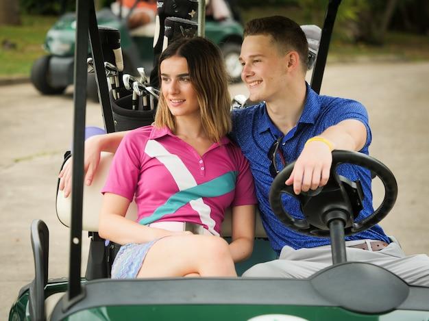 Couple golf concept Premium Photo