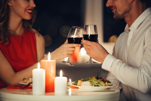 Couple of lovers having romantic dinner at home Free Photo
