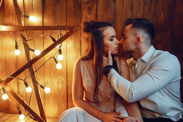 Couple in studio Free Photo