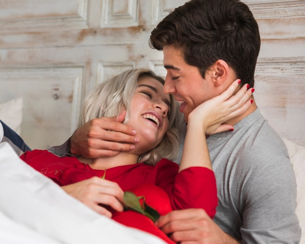 Couple on valentines day morning Free Photo