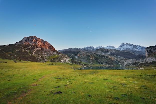 Covadonga lakes landscape at dusk, asturias spain. Premium Photo
