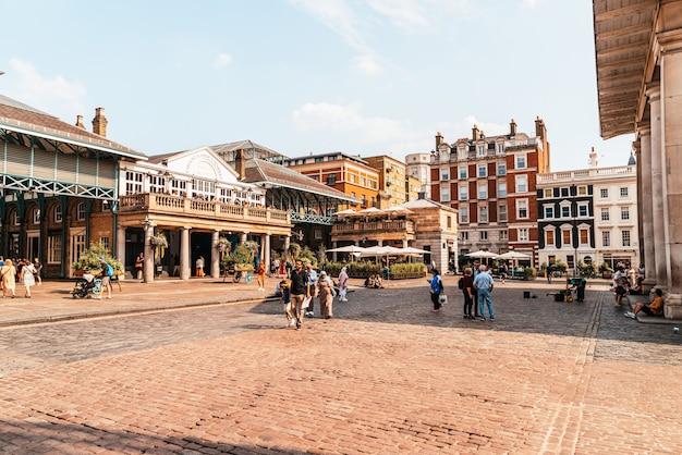 Рынок ковент-гарден в лондоне Premium Фотографии