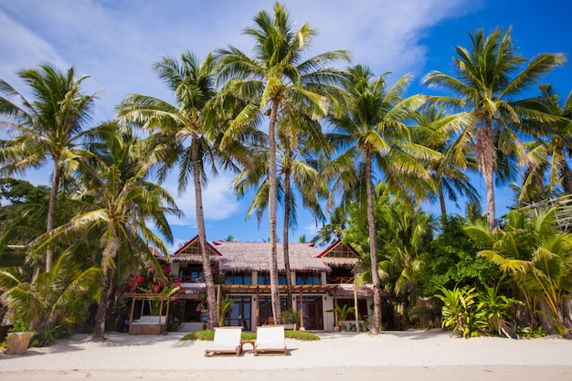 Cozy little hotel on a tropical exotic resort Premium Photo