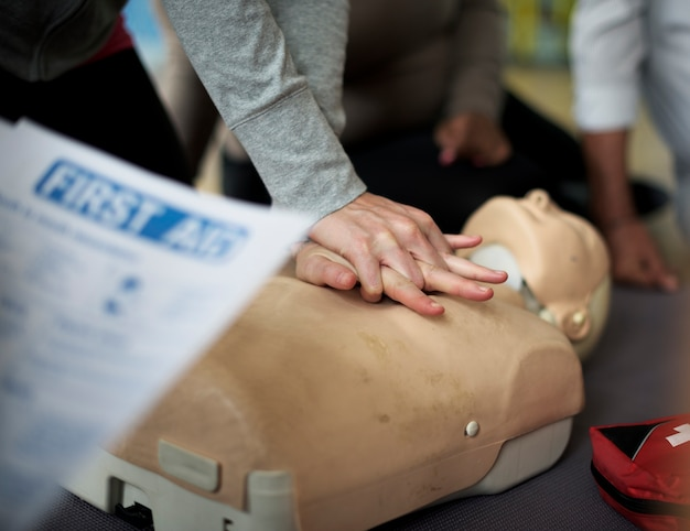 Cpr first aid training concept Free Photo