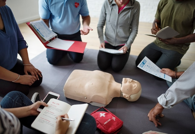 Cpr first aid training concept Premium Photo