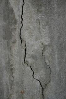 Cracked concrete texture, wall Free Photo