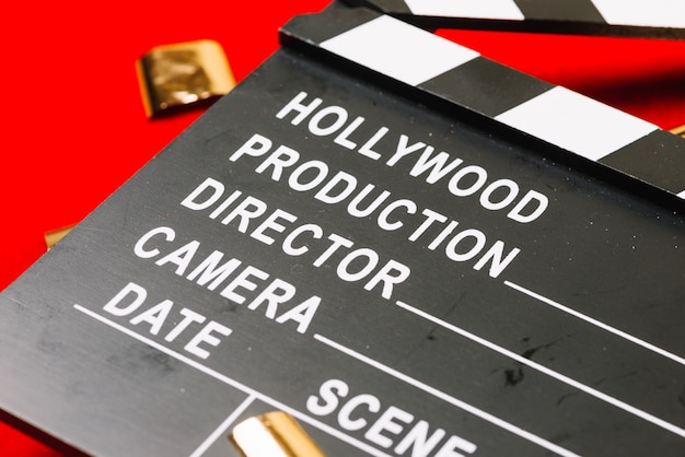Crop hollywood clapperboard Free Photo