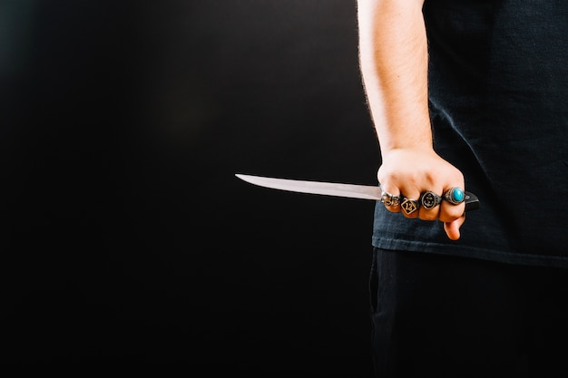 Crop male hand with knife Free Photo