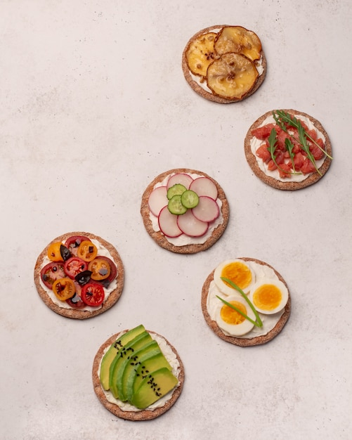 Crostini with different toppings Premium Photo