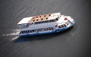 Cruise ship  cargo Free Photo