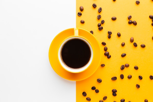 Чашка черного кофе с копией пространства Premium Фотографии
