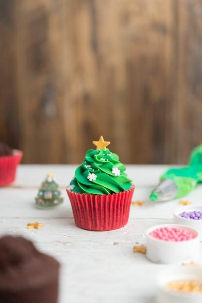 Cupcakes for christmas Premium Photo